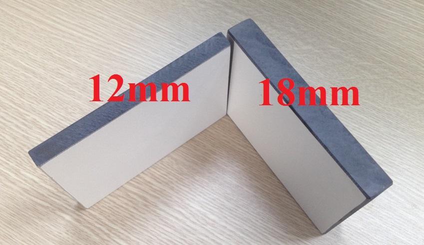 Nên lựa chọn vách ngăn compact chiều dày 12mm hay 18mm?