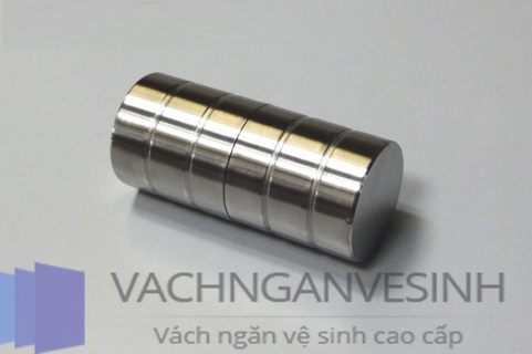 mau-tay-nam-cua-nha-ve-sinh-dep-cho-khong-gian-hien-dai-03